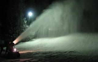 Skianlage Schloppach Schneekanone